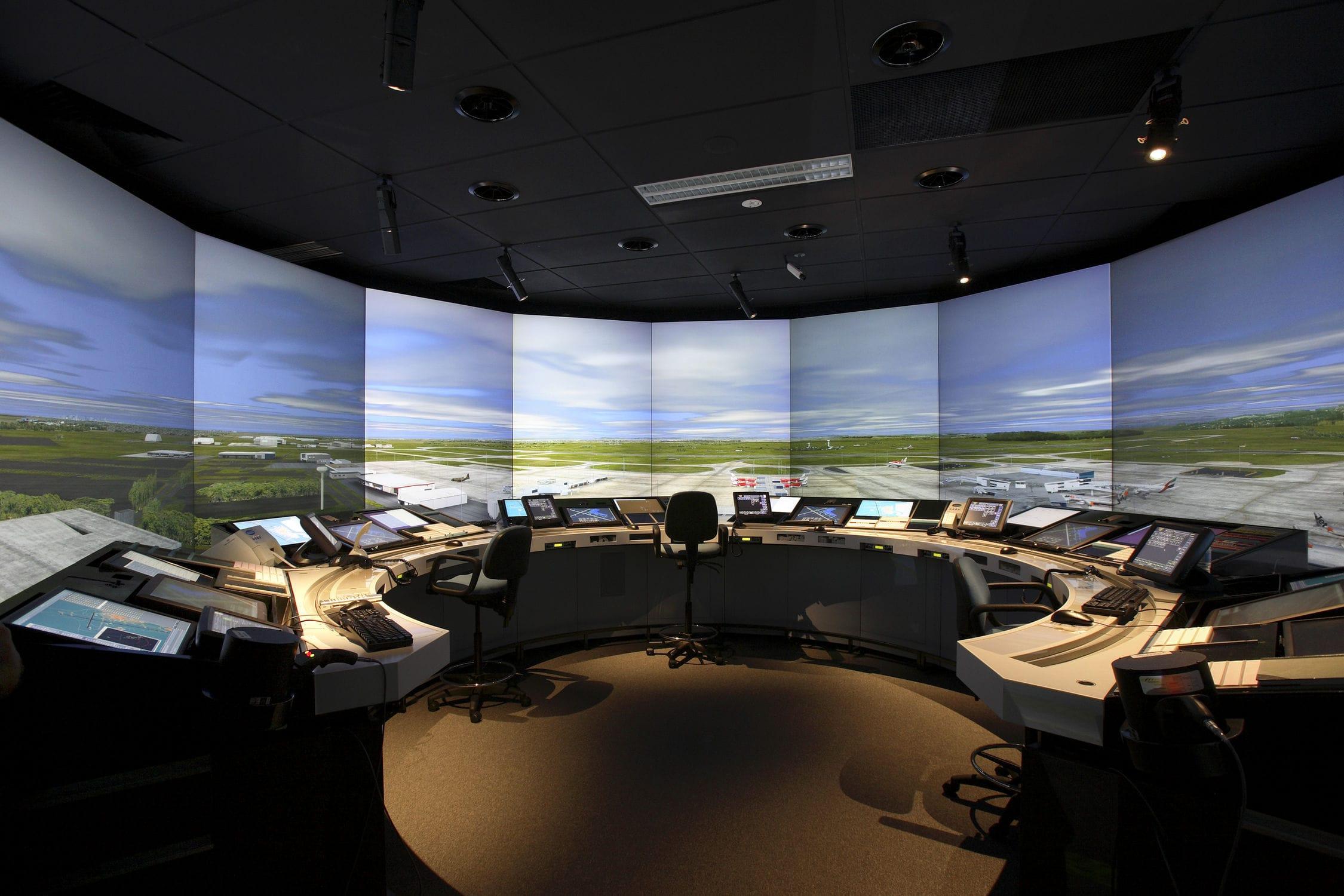 Simulador de radiocomunicaciones piloto controlador – inglés